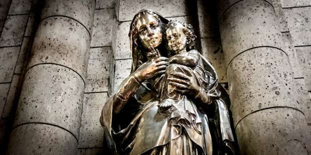 Prayer for deliverance from evil through Mary's help