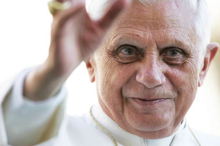 Benedict XVI responds to criticism of his essay on the Church and the sexual abuse crisis