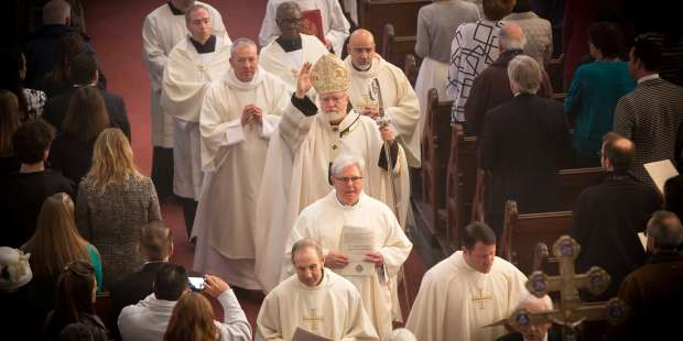 5 Reasons to Stay Until the End of Mass