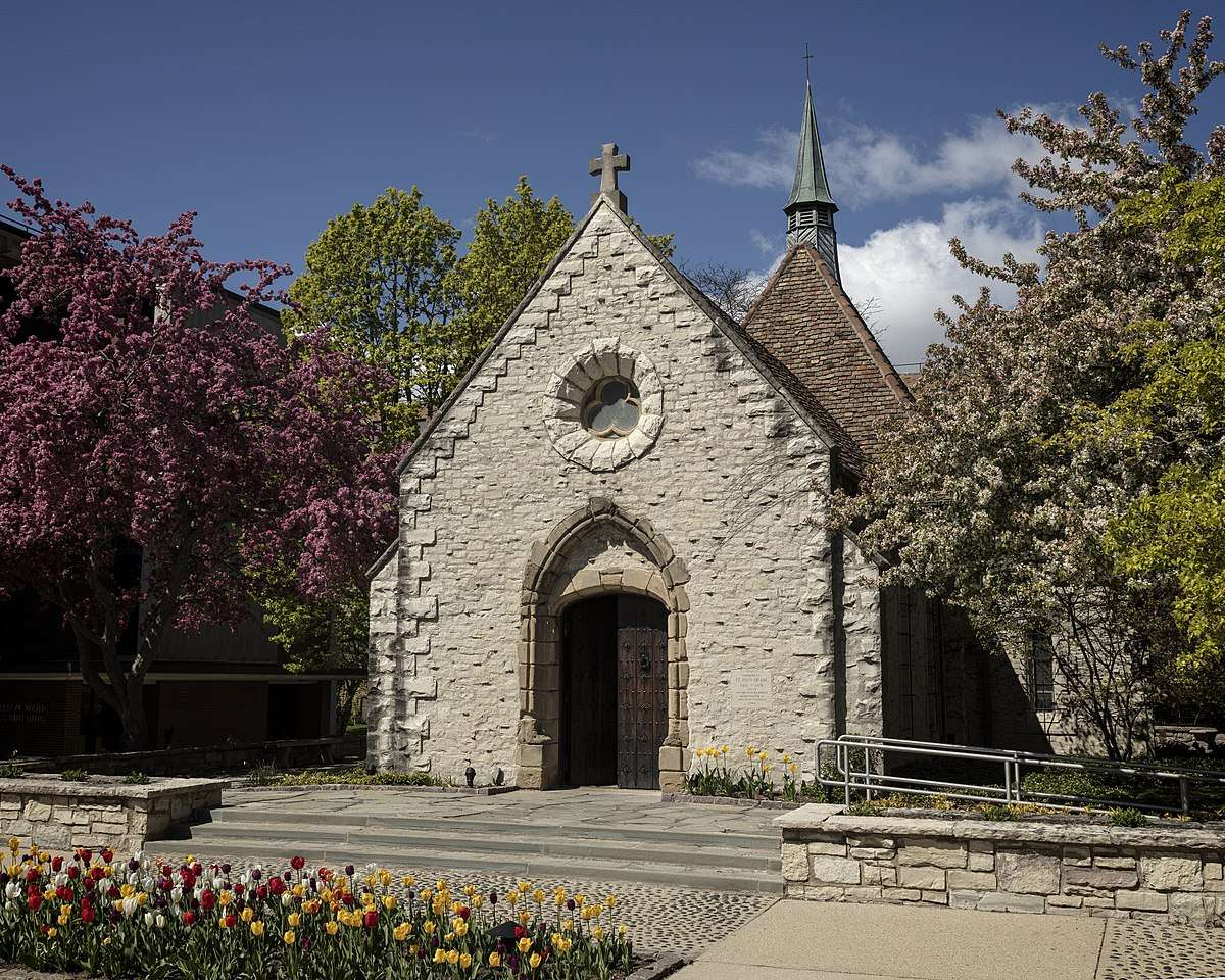 This Catholic Chapel In Wisconsin Was Built A Century Before Columbus Discovered America