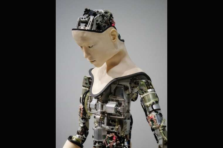 In robota Christi? Why robots can never be Catholic priests