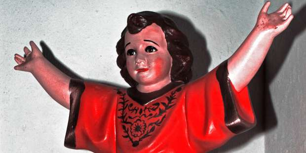 """This statue of the """"Divino Nino"""" continues to be a source of miracles"""