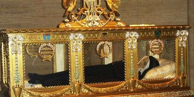 4 Quick facts about the veneration of relics