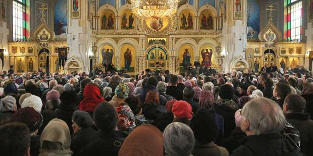 Why do Eastern Catholics stand during Mass?