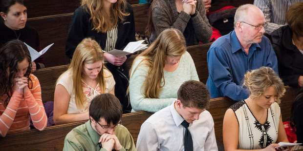 5 Practical tips to help you engage in Mass more deeply