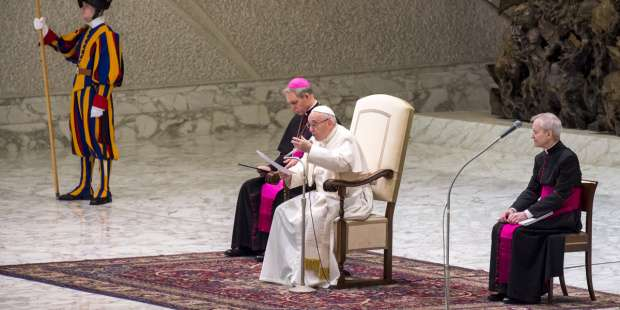 Pope Francis: Why is silence so important during Mass?