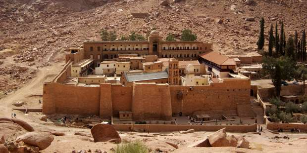 The oldest continuously operating library in the world is in this Egyptian monastery.