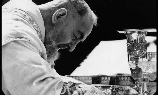 Another Miracle of Padre Pio: He Visited Cardinal Mindszenty in Prison