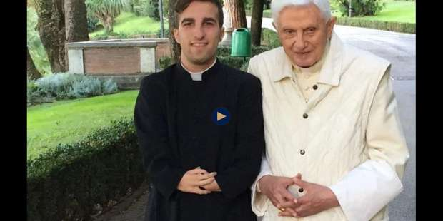 """How Benedict XVI Opened the Door to My Priesthood Despite a """"Disability"""""""