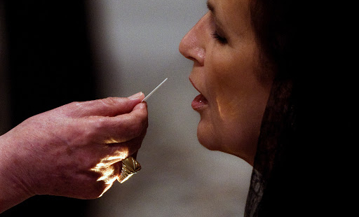 Eucharist by Mouth: Matter of Conscience?