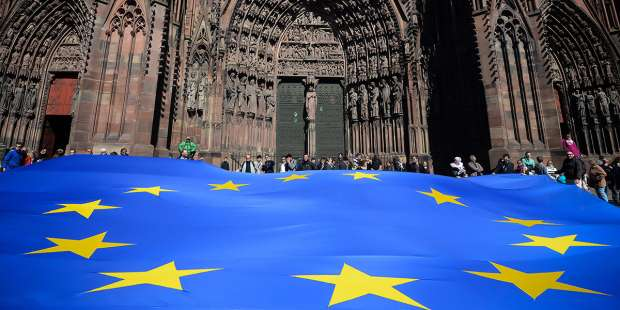 Is the EU's flag really a Marian emblem with the central figure removed?