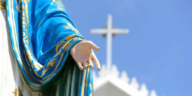 St. Louis de Montfort explains how prayers to Mary are transferred to God