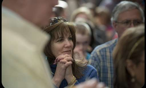 8 Questions Non-Catholics Almost Always Ask When They Attend Mass