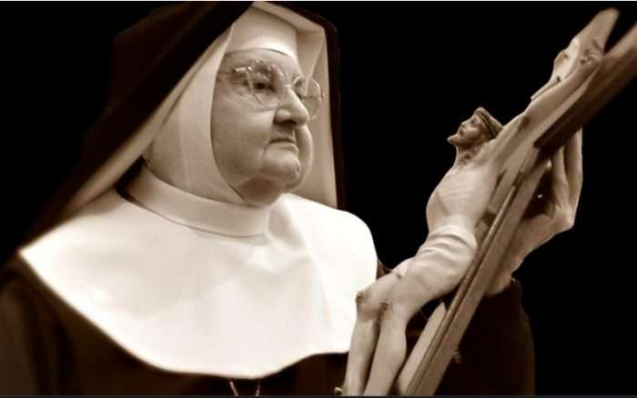 Feeling Discouraged? Try Mother Angelica's Prayer for Strength Through Heavy Burdens