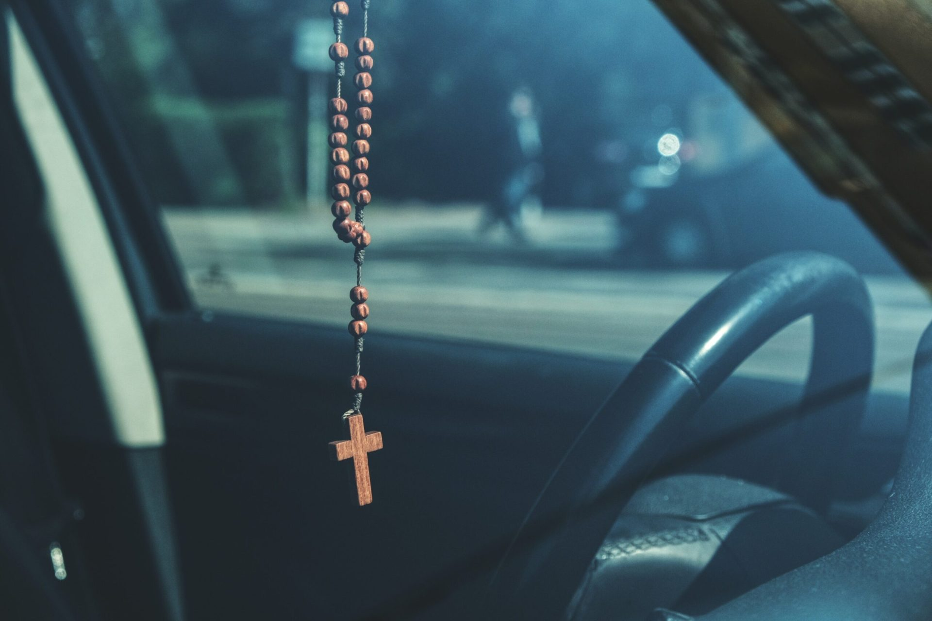 3 Powerful sacramentals to have in your car