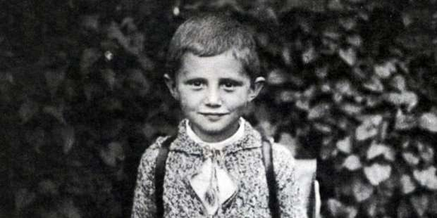 See what the future Benedict XVI asked for for Christmas when he was 7