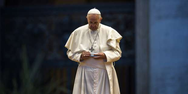 """Pope reveals 3-word prayer that """"gets God's attention"""""""