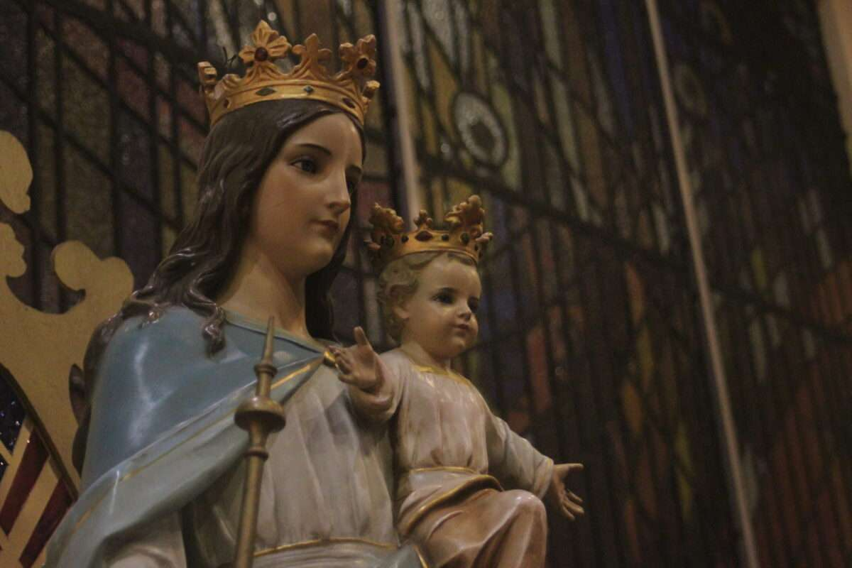 Powerful prayer to the Blessed Virgin Mary when you really need help