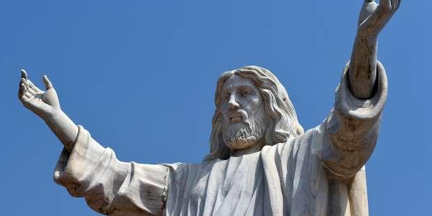 The largest Jesus statue in Africa: Jesus de Greatest