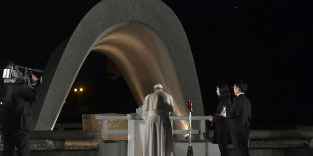 Pope prays for world and survivors on 75th anniversary of Hiroshima bombing