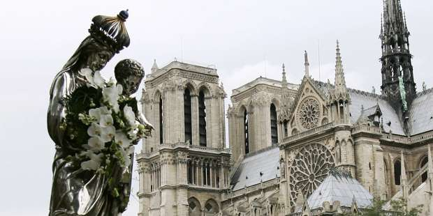 How a Marian procession on the streets of Paris proved my mom right