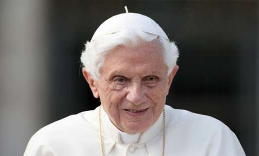 Benedict XVI thanks all those who offered condolences at death of his brother