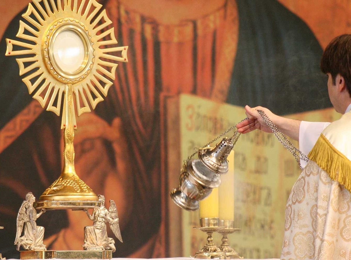 Act of Adoration and Reparation to Jesus in the Blessed Sacrament
