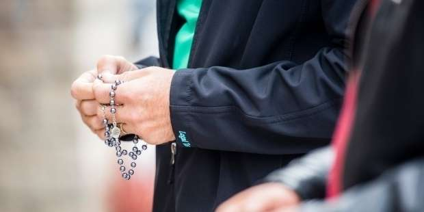 A beginner's guide to praying the Rosary