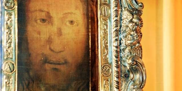 Mysterious image of the face of Jesus is kept in this Italian church