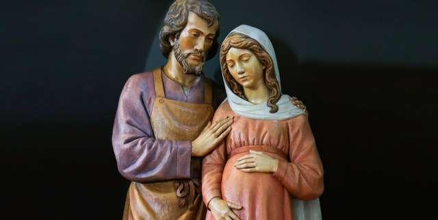 5 Practical ways to imitate Our Lady's spiritual motherhood