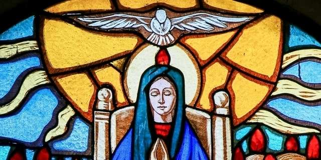 Entrust world peace to Mary, Queen of Peace