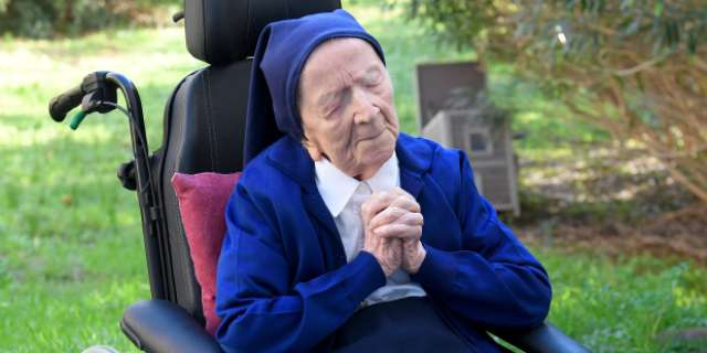 Meet the incredible Sister Andre who just overcame COVID and turns 117